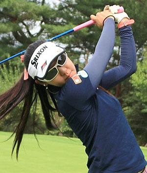 EZSPORTS荒井舞プロ(女子ゴルフ)